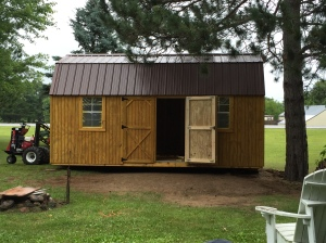 New lawn shed arrives 055